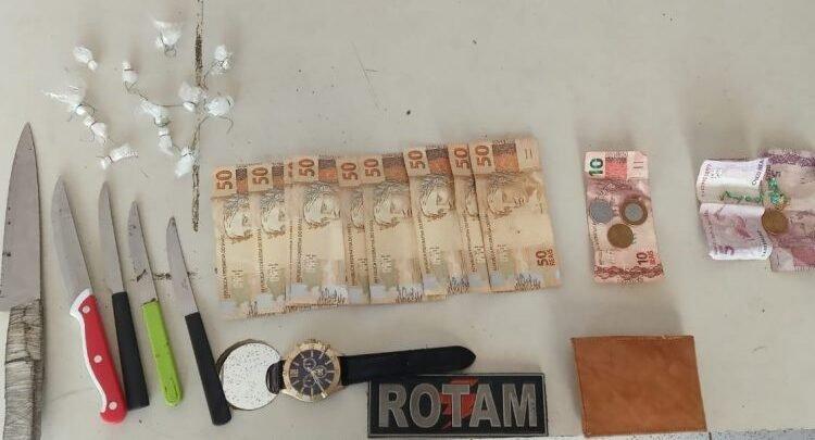 Droga dinheiro e facas